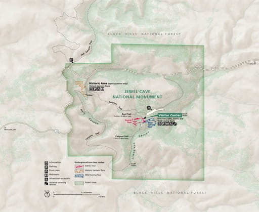Official visitor map of Jewel Cave National Monument (NM) in South Dakota. Published by the National Park Service (NPS).