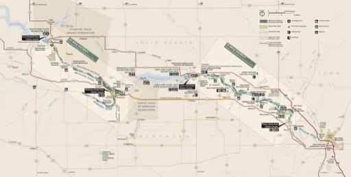 Official visitor map of Missouri National Recreational River (NRR) in South Dakota and Nebraska. Published by the National Park Service (NPS).